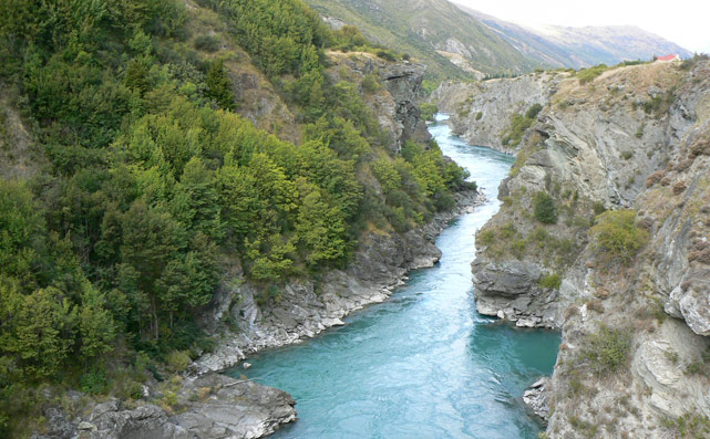 Kawarau River. The Pillars of the Kings dans la communauté de l'Anneau